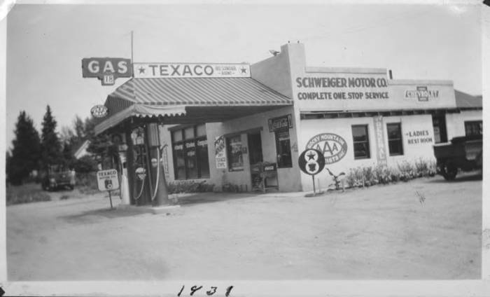 Texaco Station / Schweiger Motor Company - Photograph Collection